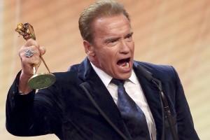 "Arnold Schwarzenegger bintangi film China ""The Guest of Sanxingdui"""