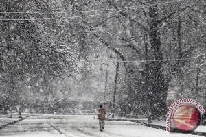 Korban tewas akibat salju longsor di Afghanistan naik jadi 191 orang