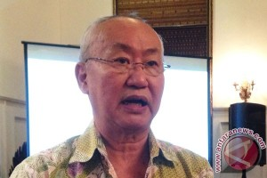 William Wongso padukan bumbu daging buruan Namibia
