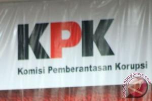 KPK sayangkan mangkirnya pejabat bea cukai dalam kasus suap MK