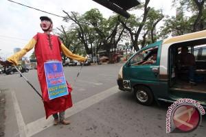 Polri ingatkan mahasiswa tertib berlalu lintas