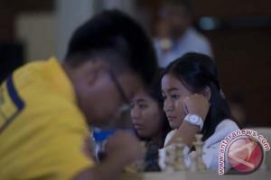 Hoang pimpin sementara turnamen Japfa Internasional