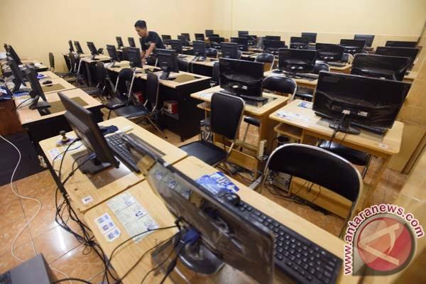 Ujian Nasional 2015 Mendikbud Minta Guru Jaga Integritas Antara News