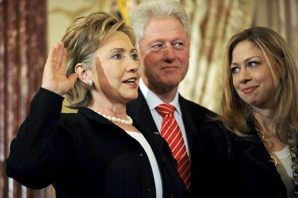 Membela Barron Trump, Chelsea Clinton Disebut Munafik