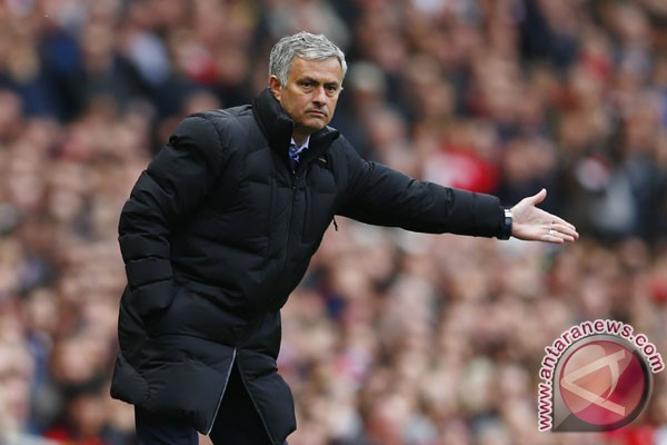 Hadapi Liverpool, Mourinho tuntut MU lebih baik lagi