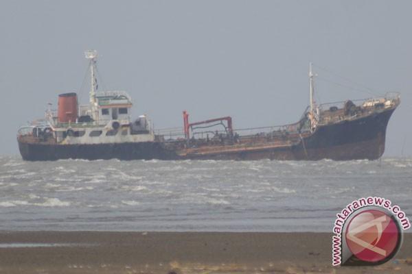 Kapal Tangker Rp157 Miliar Terjual Secara Online