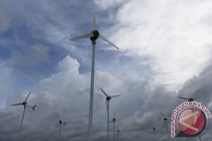 Saudi mulai buru perusahaan pembangkit energi surya dan angin