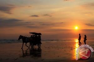 44.657 wisatawan kunjungi Pantai Parangtritis akhir pekan