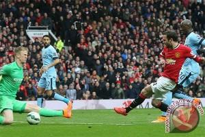 Juan Mata antar Manchester United atasi City 1-0