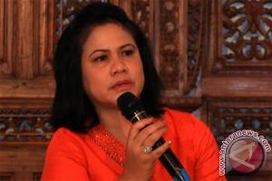 Ibu Iriana Jokowi minta dibujuk pelajar tidak pakai narkoba