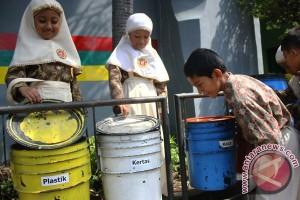 Makassar jadi model pengelolaan bank sampah nasional