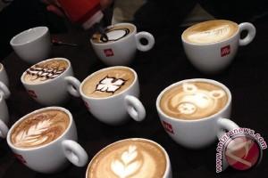 Minum kopi gratis di Hari Kopi Internasional