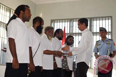 Release of Papua political prisoners strategic for Papua development
