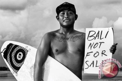 Laut Luka Blues suara untuk Teluk Benoa