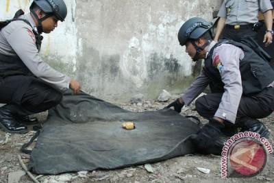 Polisi amankan granat nanas aktif di Mampang Prapatan