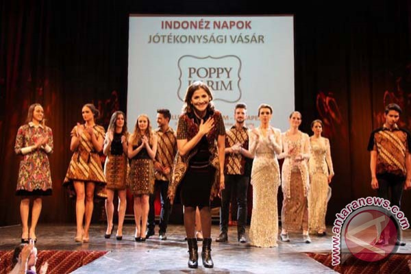 28 merek Indonesia gebrak Hong Kong Fashion Weeks 2e44f2b256