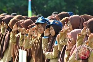 Tokoh perempuan: sekolah mahal bukan solusi pendidikan anak