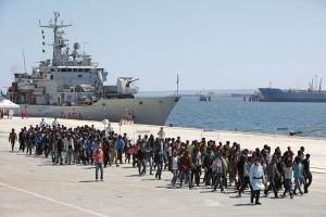 Italia selamatkan hampir 1.800 migran di Laut Mediterania