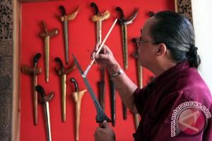 200an senjata tradisional dipamerkan di Borobudur