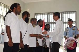Kogoya: Pembebasan tapol awal pembangunan Papua
