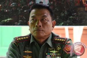 Panglima TNI bantah dua prajurit disandera