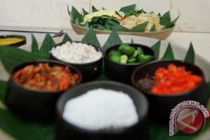 Makanan tradisional Indonesia digemari turis asing