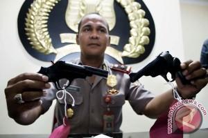 Barang Bukti Senjata Kelompok Sipil Aceh