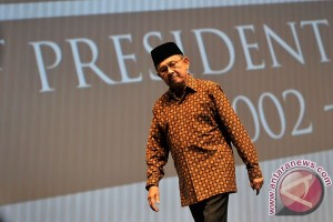 Presiden Jokowi terima BJ Habibie