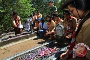 Pemkab Lampung Utara dikritik karena tak urus makam pahlawan