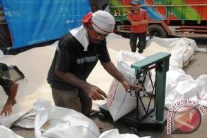 Bareskrim gerebek gudang mafia beras di Cipinang