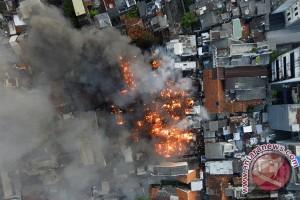 Kebakaran kawasan Senen, Jakpus bangun posko pengungsian