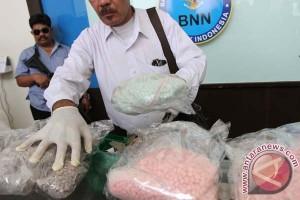 Pemilik ekstasi Rp2,3 miliar ingin dirikan laboratorium narkoba