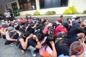 Tim Saber Pungli Karawang tangkap puluhan preman