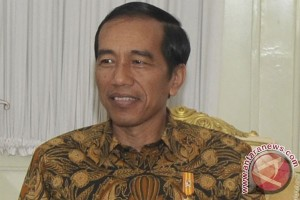 Presiden Jokowi tinjau progres Bendungan Raknamo