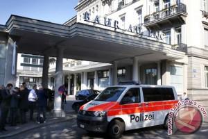 UEFA rapat dadakan, Swiss blokir sejumlah rekening bank