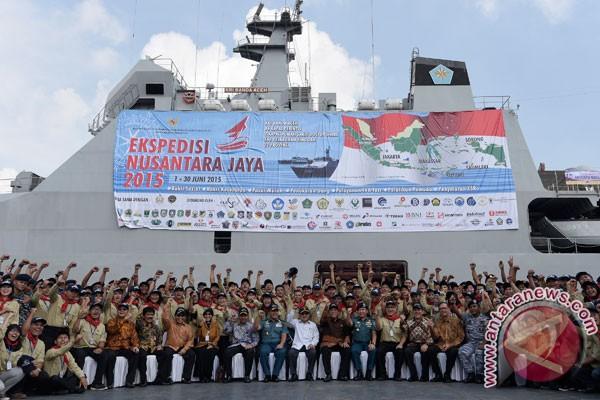 Ekspedisi Nusantara Jaya berlabuh di Sorong