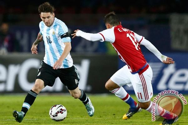 pelatih argentina sambut hangat kembalinya messi antara news
