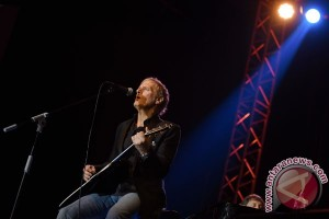 Karaoke bersama Michael Bolton