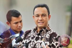 Pers harus menjadi pendorong optimisme, kata Mendikbud
