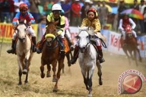 Pacuan kuda perbatasan negara tarik minat kunjungan wisatawan