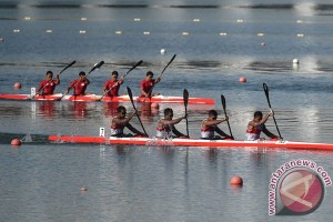 Tim dayung Indonesia tampil di Italia