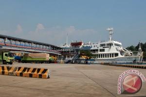 Pelabuhan Merak tanpa antrean