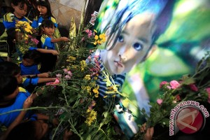 HAMI-Himpsi Bali gelar doa bersama untuk Angeline