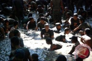 "Warga Gorontalo Utara jalani ritual ""keramas"" sambut Ramadhan"