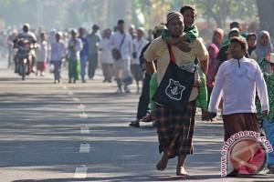 Sambut Hari Santri, mahasiswa kenakan sarung