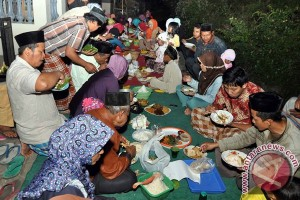 "Warga Madiun gelar tradisi ""megengan"" jelang Ramadhan"