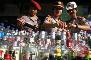 Pemkot Bekasi intensifkan razia minuman keras jelang Natal