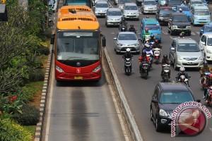 Transjakarta akan tindak tegas sopir lalai