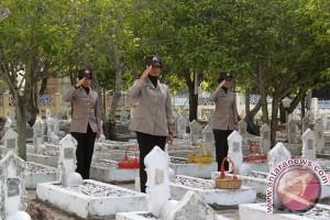 Tiga makam pahlawan di Lampung Utara ambles