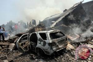 TNI AU ganti kerusakan bangunan akibat tertimpa Hercules